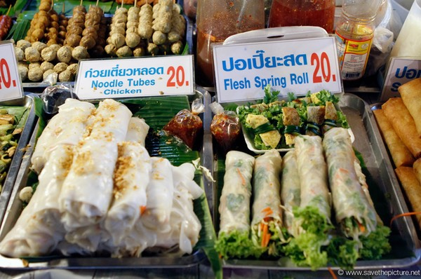 Variety of fresh springrolls, Lamai night market
