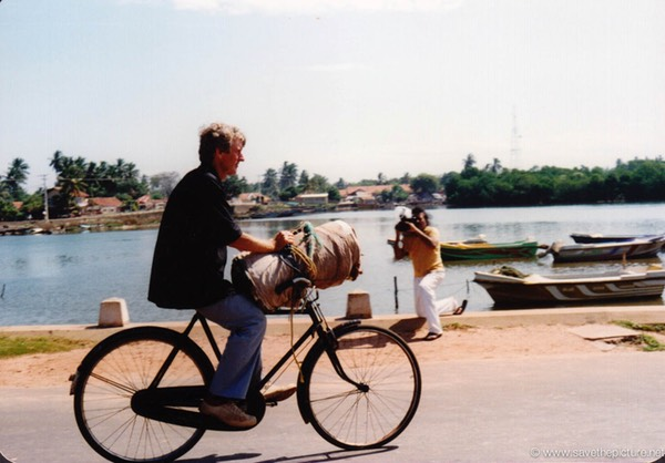 Sri Lanka catamaran art, Frank on his bycicle