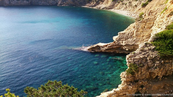 Ibiza retreats Natural Tuning and Detox snorkling spot