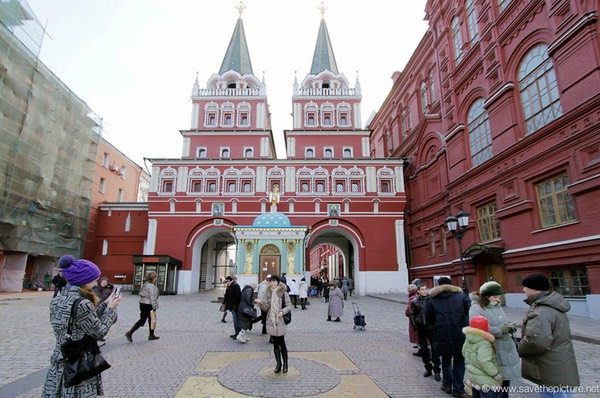 Moscow Entrance Red square