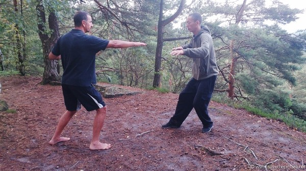 Taikiken Harai-te two circle exercise, mind body coordination and the feel of flow-motion